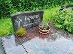 gravestone7